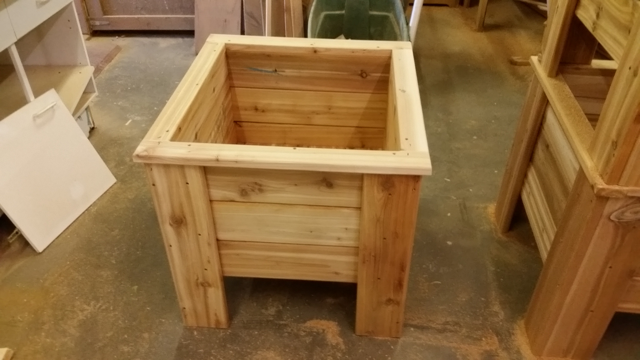 a bottom two briggs width building boxes like diy them love cedar cut that from t but one tapered measured planter the and didn so of img added pieces i wasn there to end
